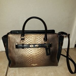 Brand new! Stunning coach handbag!